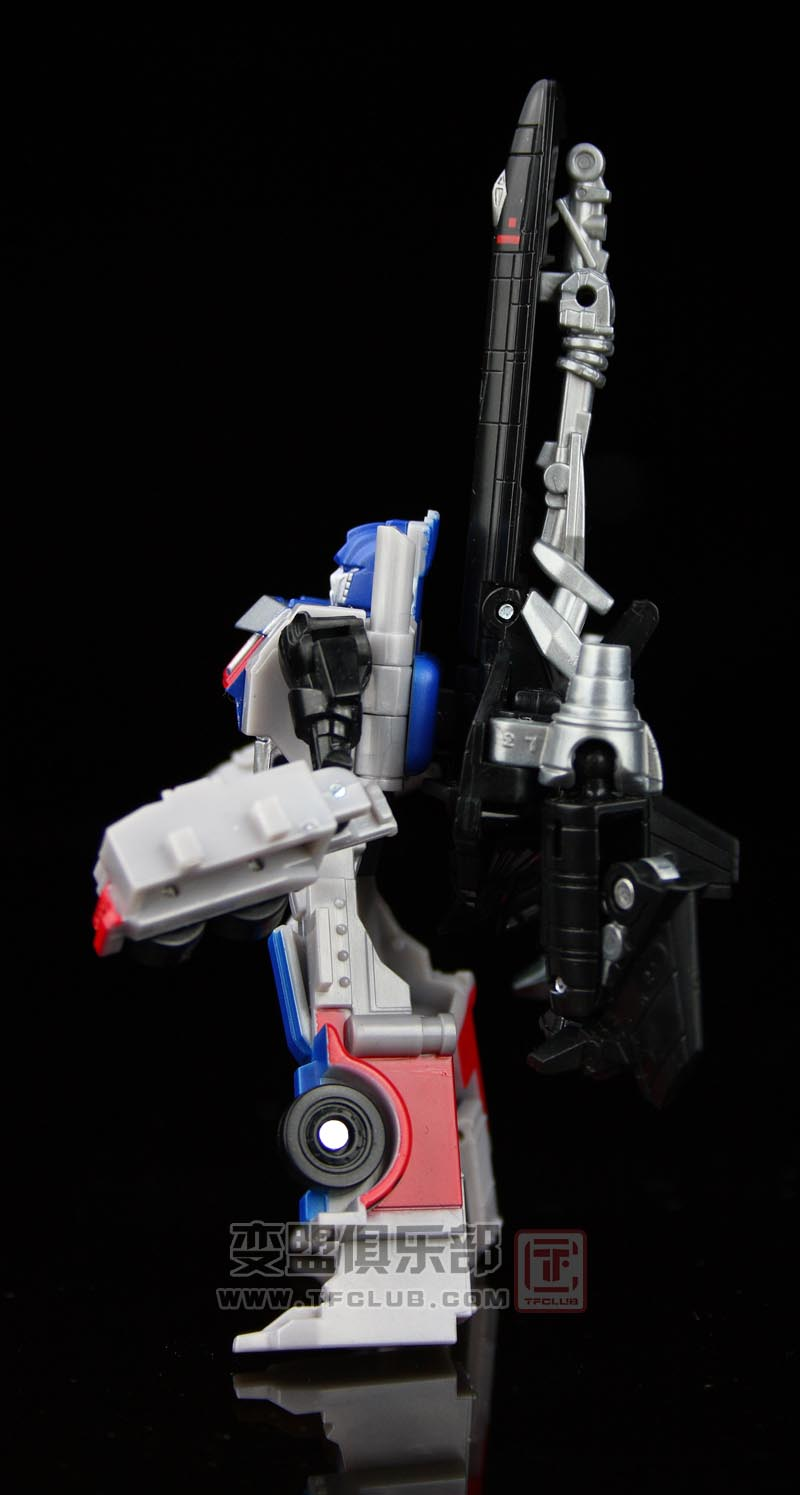 New Pictures of Revenge of the Fallen Legends Optimus ...